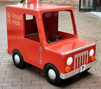 سيارات اطفال Postman-pat-pedal-car-md