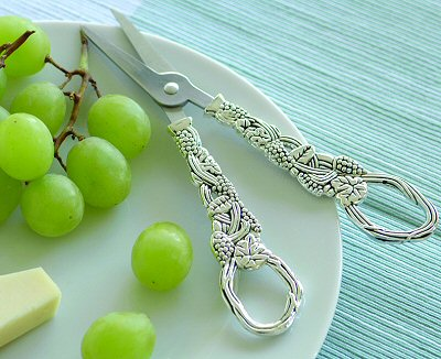 silver-grape-scissors-md.jpg