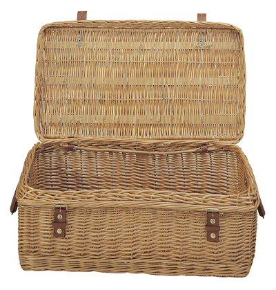 http://www.eurocosm.com/Application/images/wicker-baskets/Wicker-Trunk-md.jpg